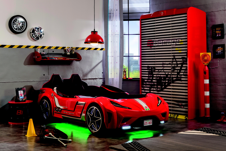 845bc0a29d07 Dětská postel Auto 90x195 cm GTI červená - kvalitní perforovaný deskový rošt  na zpevněném kovovém rámu